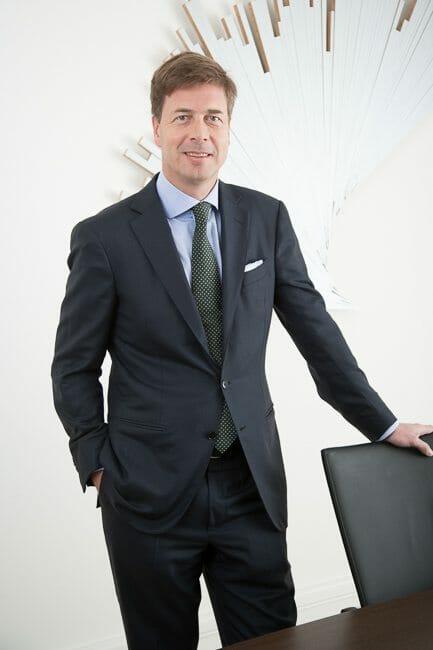 Mann Business Portrait CV Bewerbung