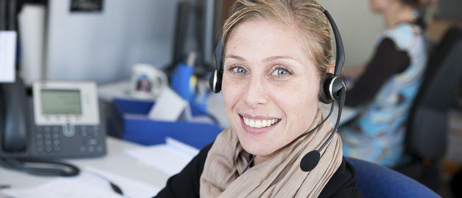 kundendienst smile header Frau