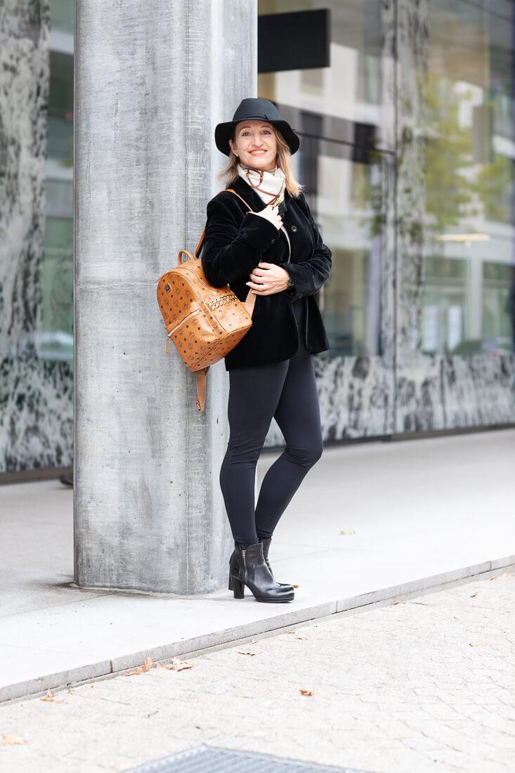 Model Frau Outdoor
